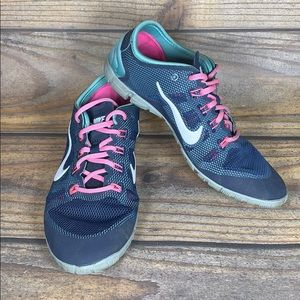 NIKE training blue and pink size 7.5 women